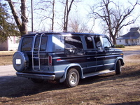 1991 Ford E-150 Overview