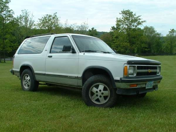 Picture of 1992 Chevrolet S-10 Blazer 2 Dr Tahoe 4WD SUV