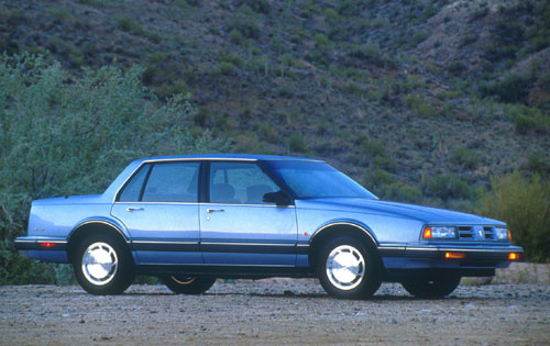 Picture of 1991 Oldsmobile Eighty-Eight Royale 4 Dr STD Sedan