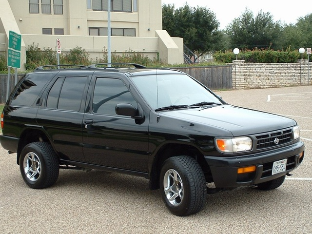 Picture of 1995 Nissan Pathfinder 4 Dr LE 4WD SUV, gallery_worthy