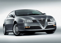 2006 Alfa Romeo GT Overview