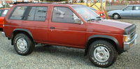Picture of 1990 Nissan Pathfinder 4 Dr XE 4WD SUV