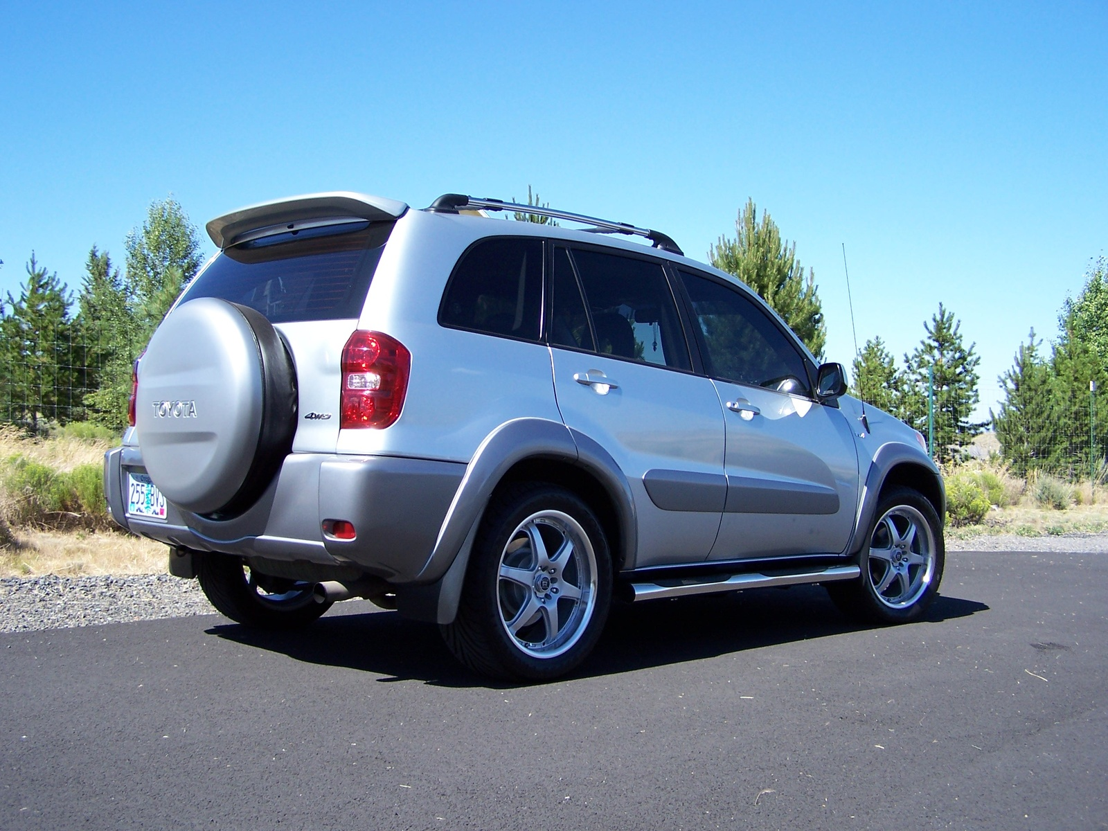 2004 toyota rav4 l review. Black Bedroom Furniture Sets. Home Design Ideas