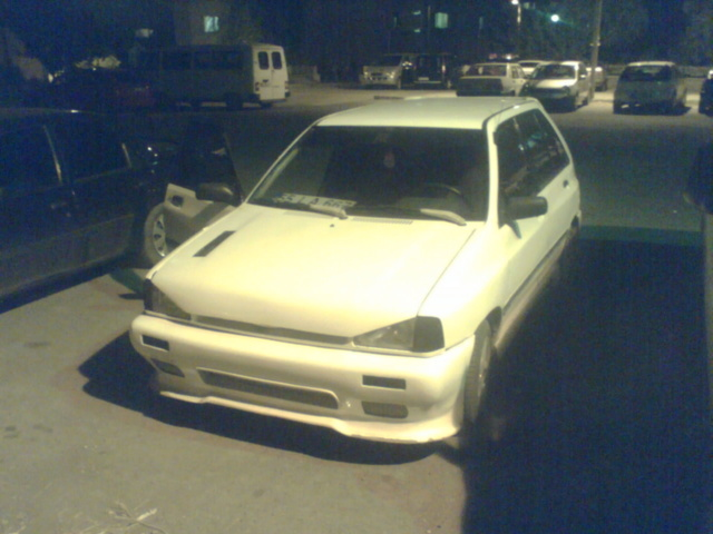 Picture of 1992 Ford Festiva