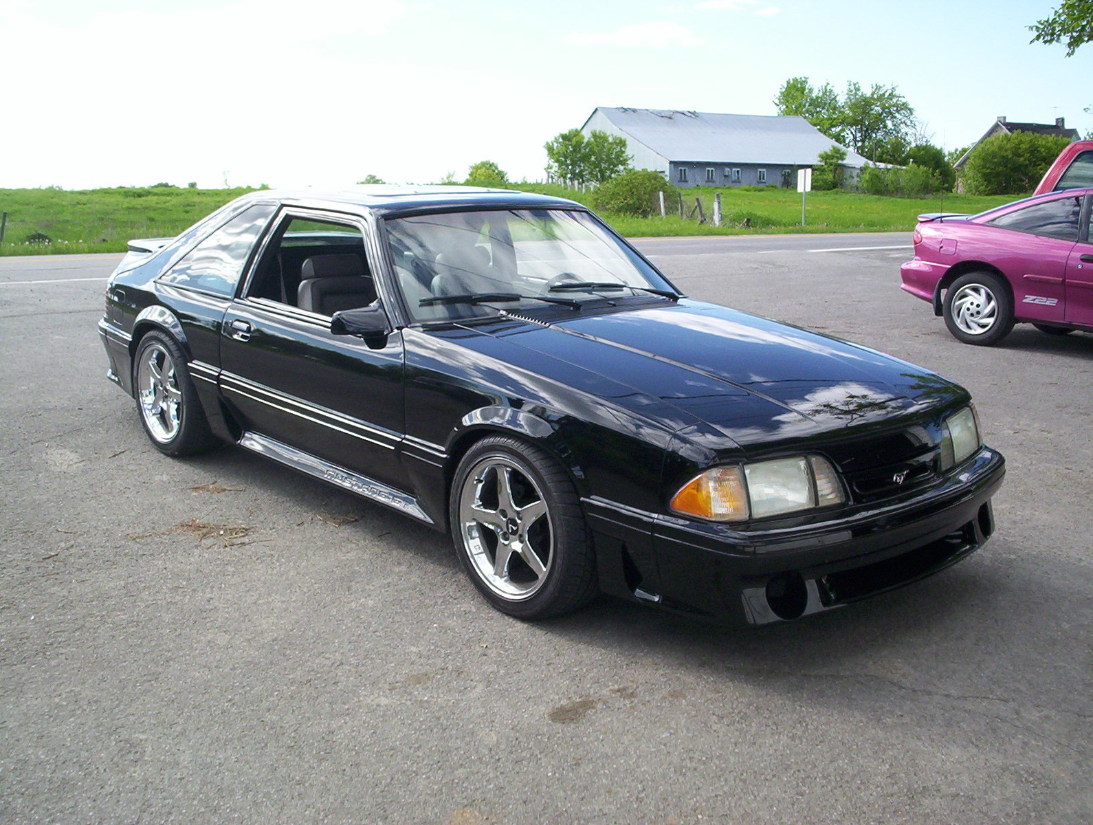 Picture of 1992 ford mustang gt hatchback