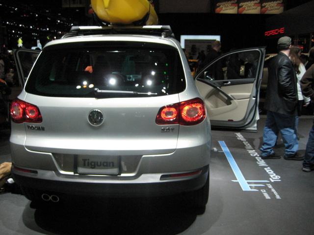 Picture of 2009 Volkswagen Tiguan, gallery_worthy