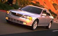 2005 Lincoln LS Overview