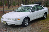 1998 Oldsmobile Intrigue 4 Dr GLS Sedan picture, exterior