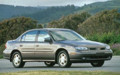 1998 Oldsmobile Cutlass 4 Dr GLS Sedan picture