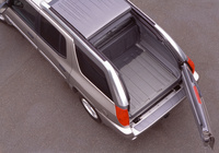 Picture of 2005 GMC Envoy XUV, exterior