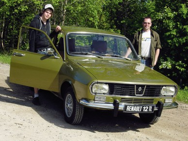 Picture of 1974 Renault 12, exterior