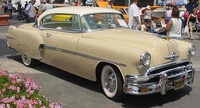 1954 Pontiac Star Chief Overview