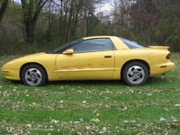 1994 Pontiac Firebird Base, 1994 Pontiac Firebird 2 Dr STD Hatchback picture, exterior