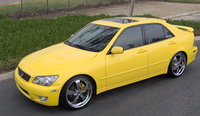 2003 Lexus IS 300 Picture Gallery