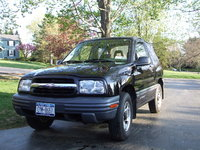 2000 Chevrolet Tracker Picture Gallery