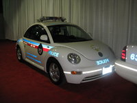 "2005 Volkswagen Beetle GL 2.0L, The Toronto Police ""Safety Bug"", exterior, gallery_worthy"
