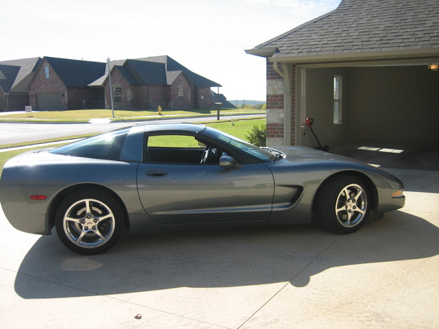 Picture of 2004 Chevrolet Corvette Coupe, exterior, gallery_worthy
