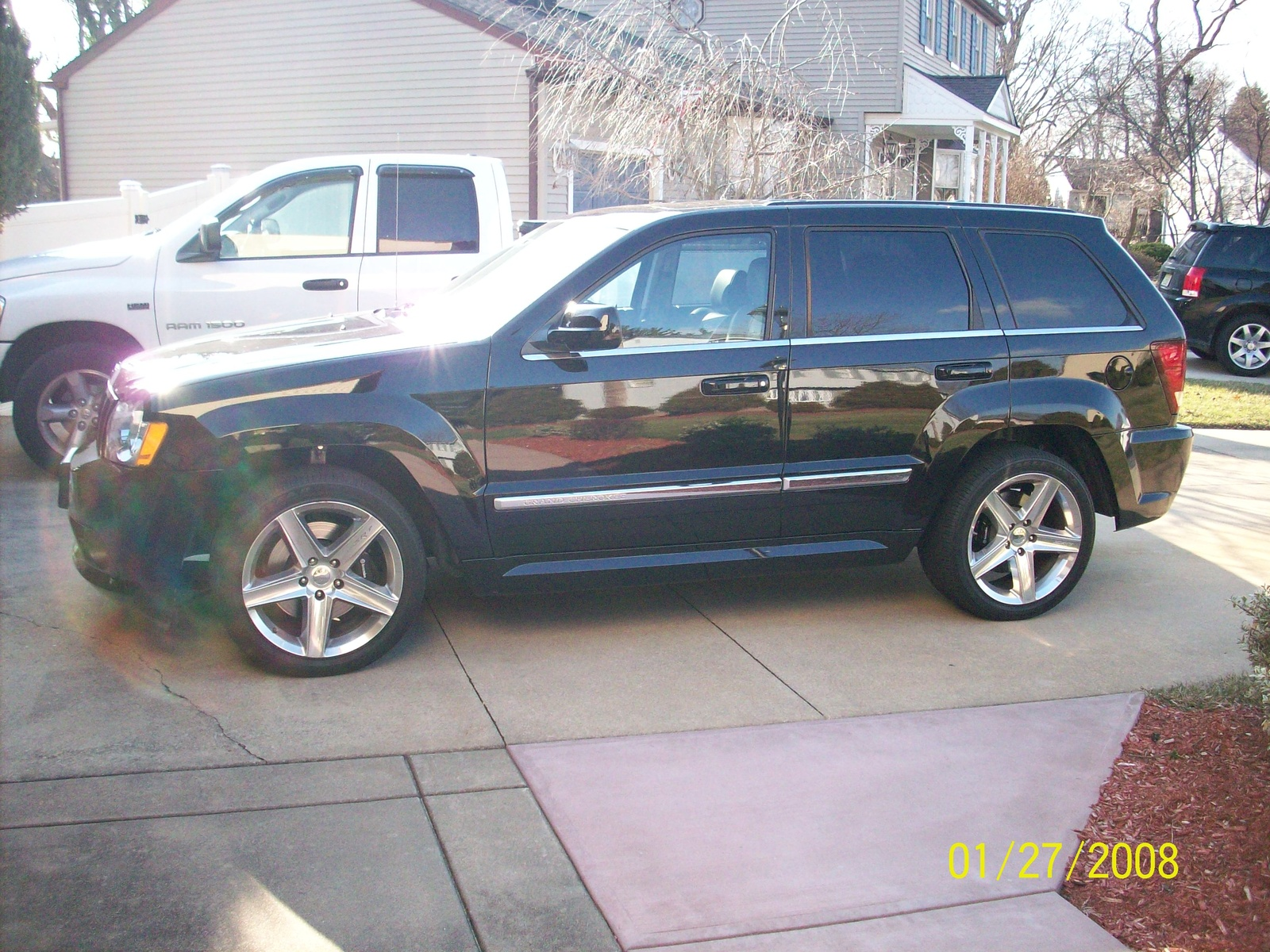 picture of 2007 jeep grand cherokee srt8 exterior. Cars Review. Best American Auto & Cars Review