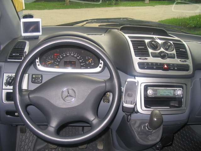 2004 mercedes benz vito interior pictures cargurus for Mercedes vito interieur
