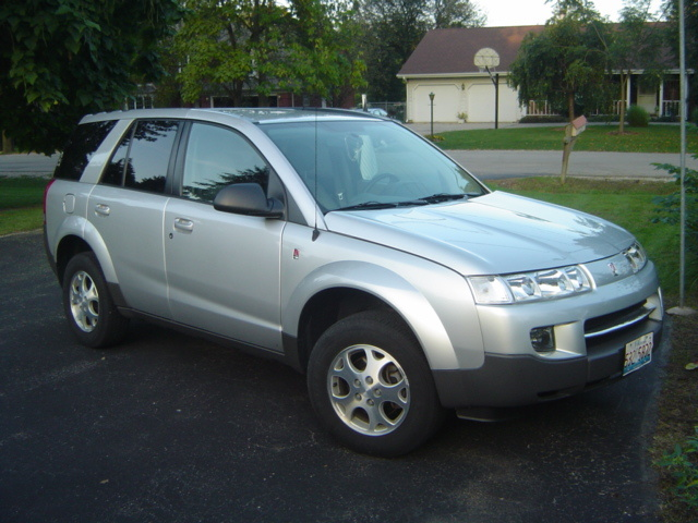 2004 Saturn VUE Overview