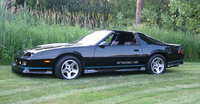 Picture of 1989 Chevrolet Camaro IROC-Z Coupe RWD, gallery_worthy