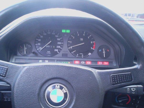 Bmw 3 Series 318i. 2001 BMW 3 Series 318i,