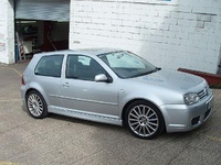 2004 Volkswagen Golf Picture Gallery