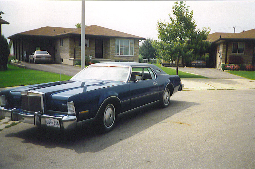 Lincoln1969selections further Chrysler Crown Imperial in addition Thread 1979 Lincoln Continental Town Car also 2002 Cadillac DeVille Pictures C1478 pi36576063 likewise Hard To Park The 5 Longest Cars Of 1977. on 1973 lincoln town car