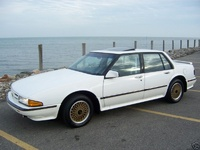 Picture of 1990 Pontiac Bonneville 4 Dr SSE Sedan