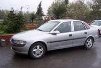 1999 Opel Vectra picture