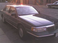 1992 Lincoln Continental 4 Dr Signature Sedan picture, exterior