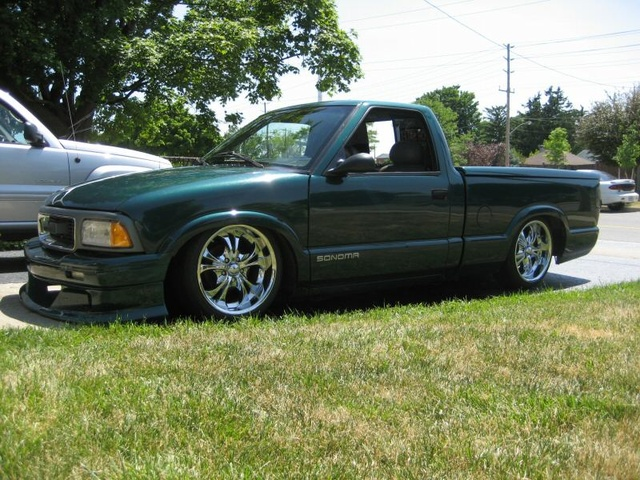 Picture of 1997 GMC Sonoma