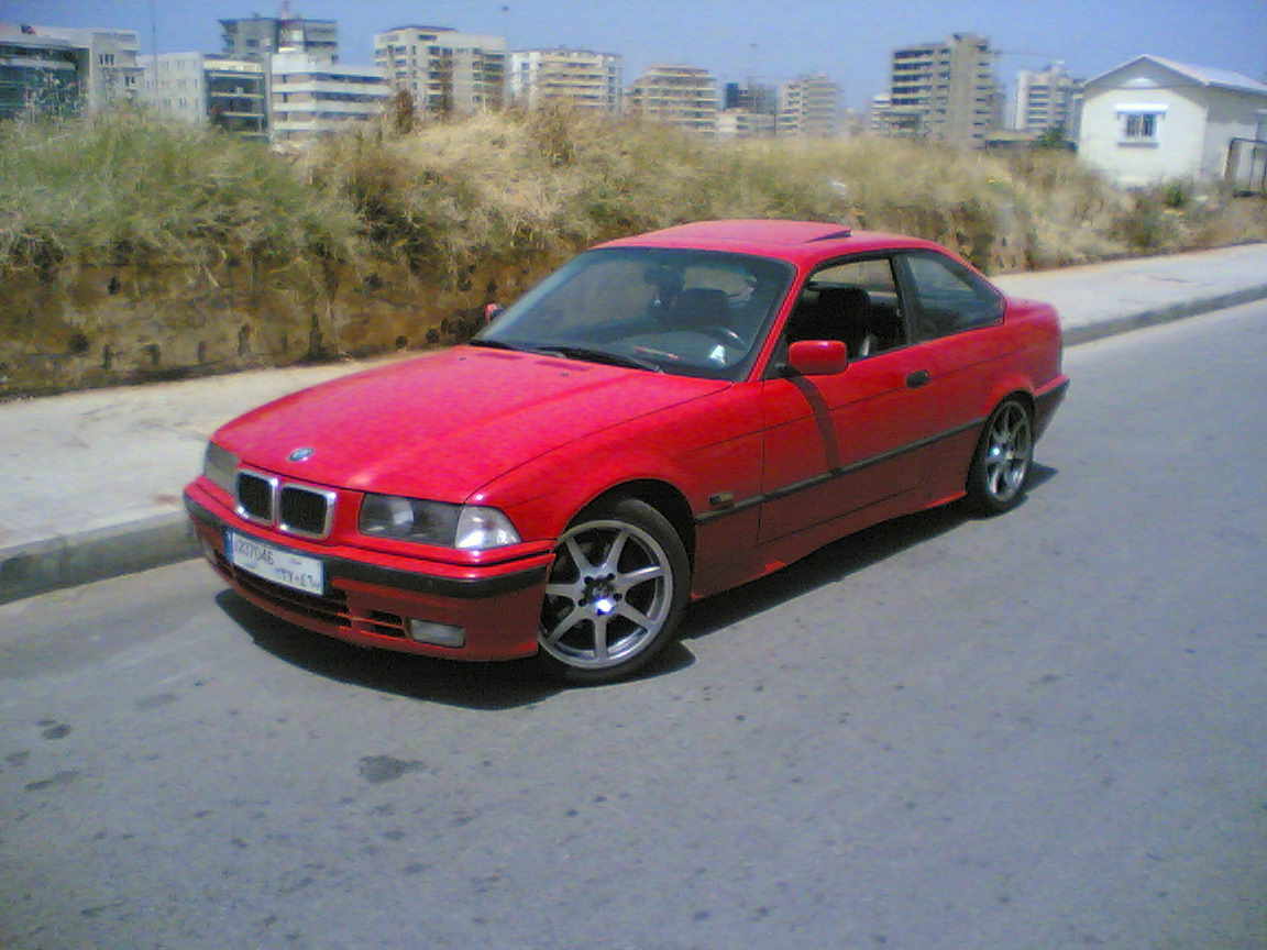 Bmw Series I Pic on 2004 Bmw 3 Series 325i Reviews