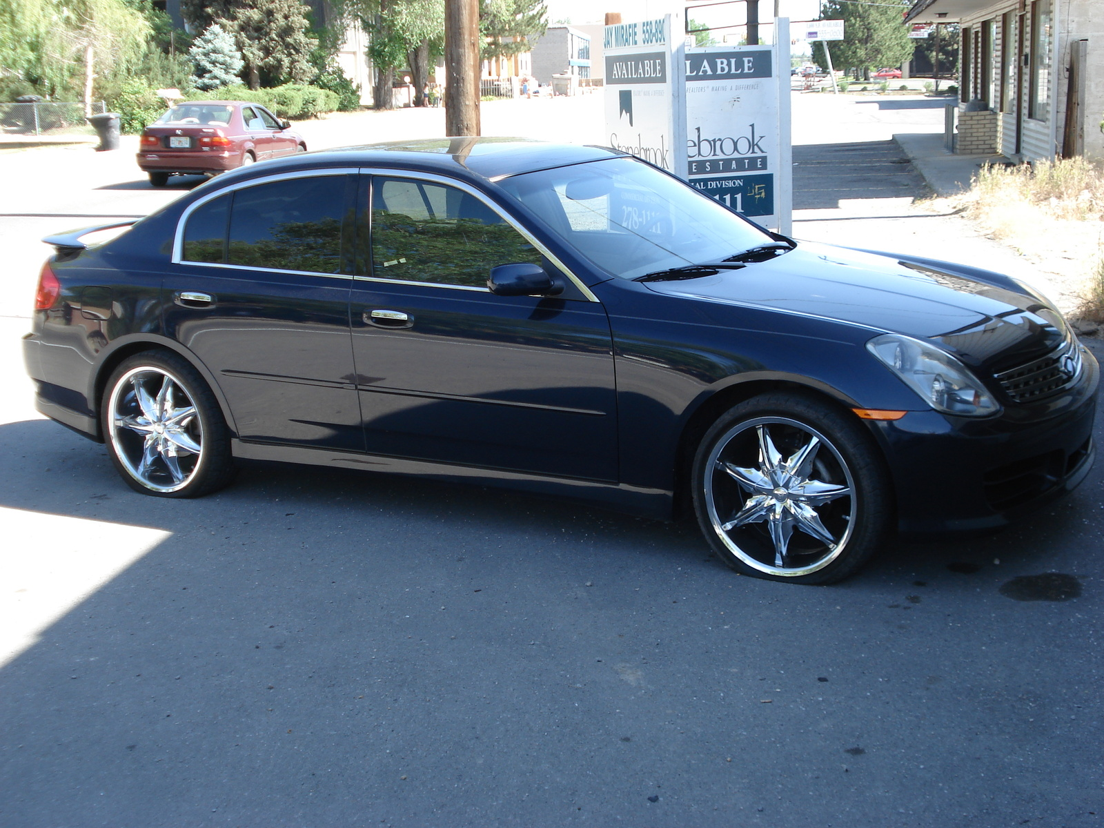 Almera N15 also 2018 Hyundai Elantra Gt Sport Cargo Space 01 also 2009 Infiniti Fx35 Overview C21020 additionally Nissan restored the 1996 maxima that they bought moreover BMW 20X5. on 2004 infiniti i30