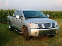 2004 Nissan Titan Overview