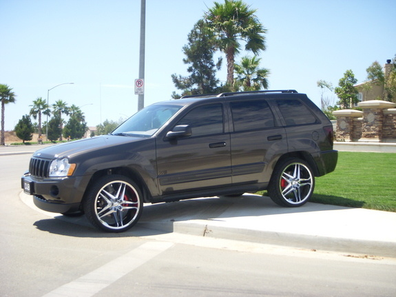 Beautiful 2005 Jeep Grand Cherokee