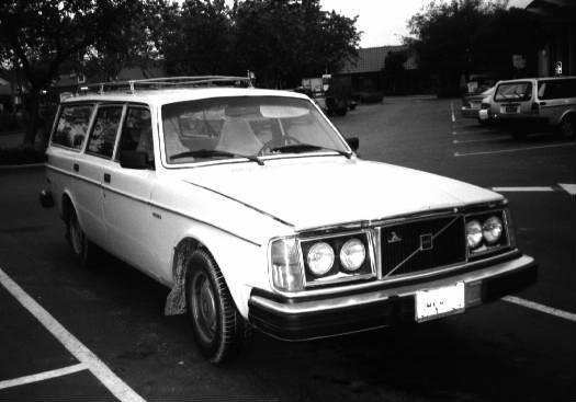 Volvo 240. Picture of 1980 Volvo 240,