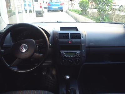 Who Owns Volvo >> 2005 Volkswagen Polo - Interior Pictures - CarGurus
