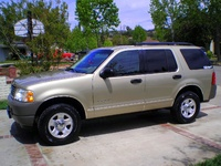 2002 Ford Explorer XLS picture