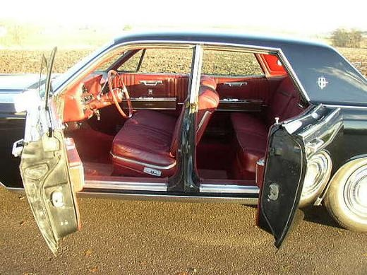 Picture of 1990 Lincoln Town Car