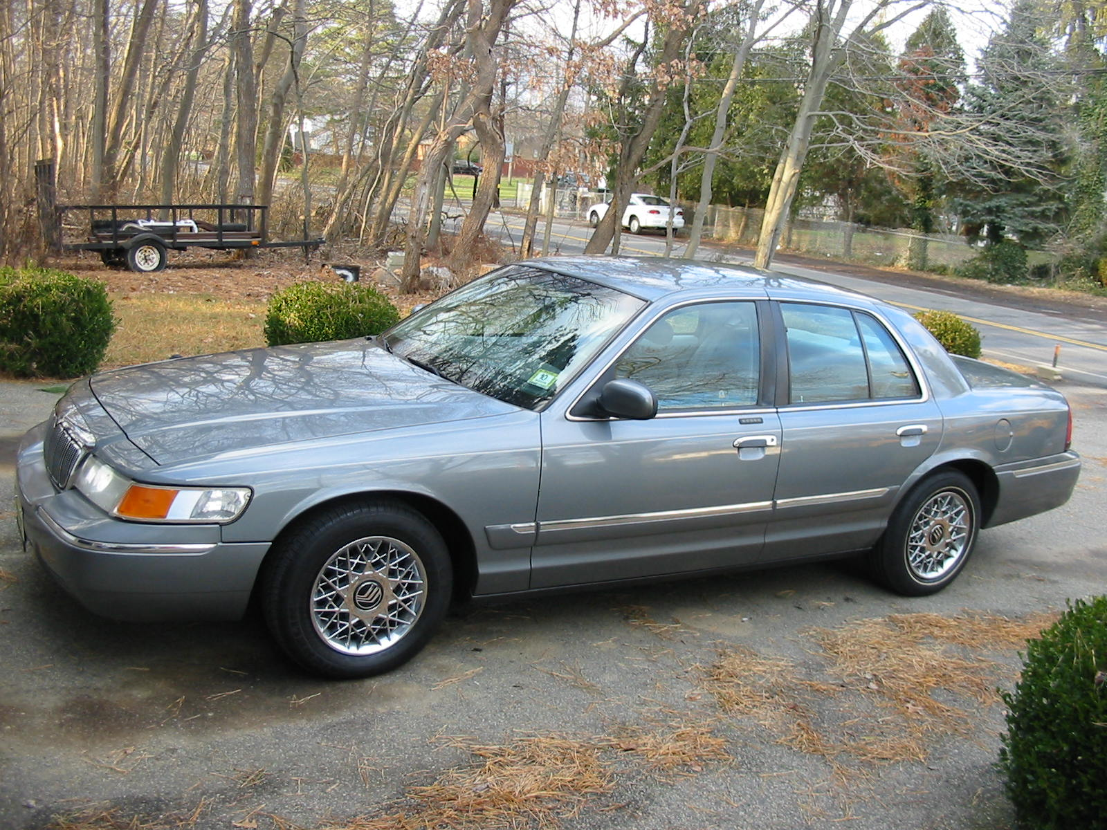 Picture of 1998 Mercury Grand Marquis 4 Dr GS Sedan