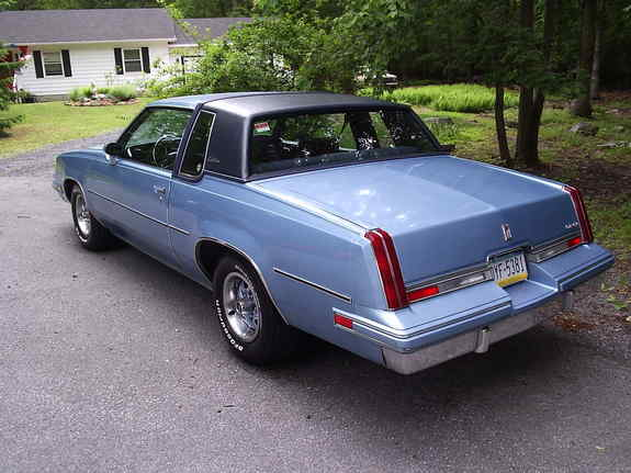 1982 Oldsmobile Cutlass Supreme picture, exterior