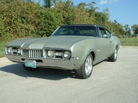 1968 Oldsmobile Cutlass Supreme picture