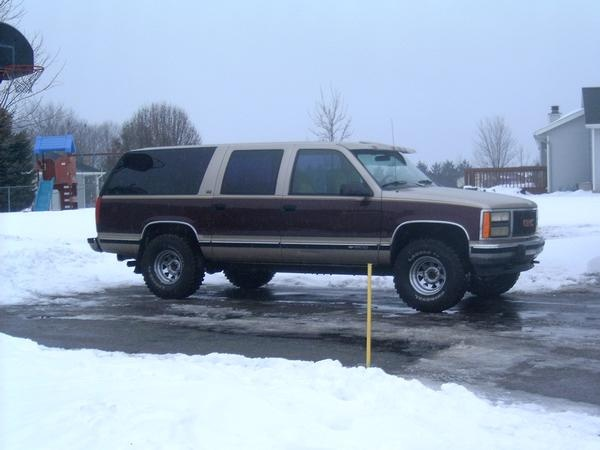 1993 suburban 2500 towing capacity