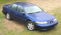 1995 Ford Taurus Overview