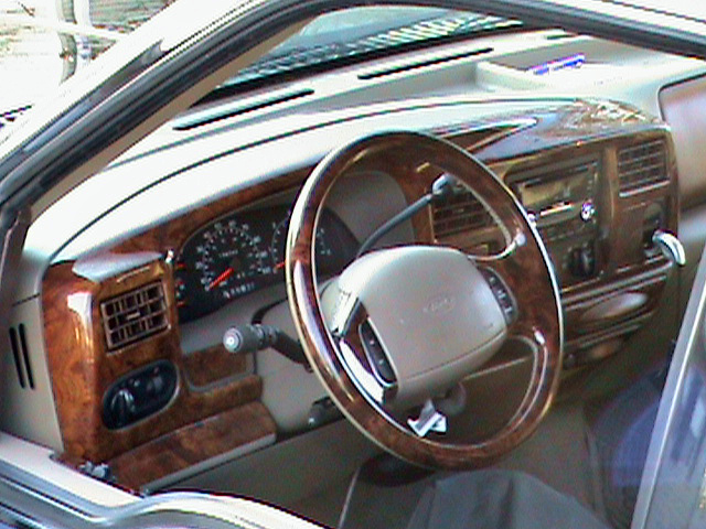 2000 Ford Excursion XLT, WOOD UPGRADE, interior