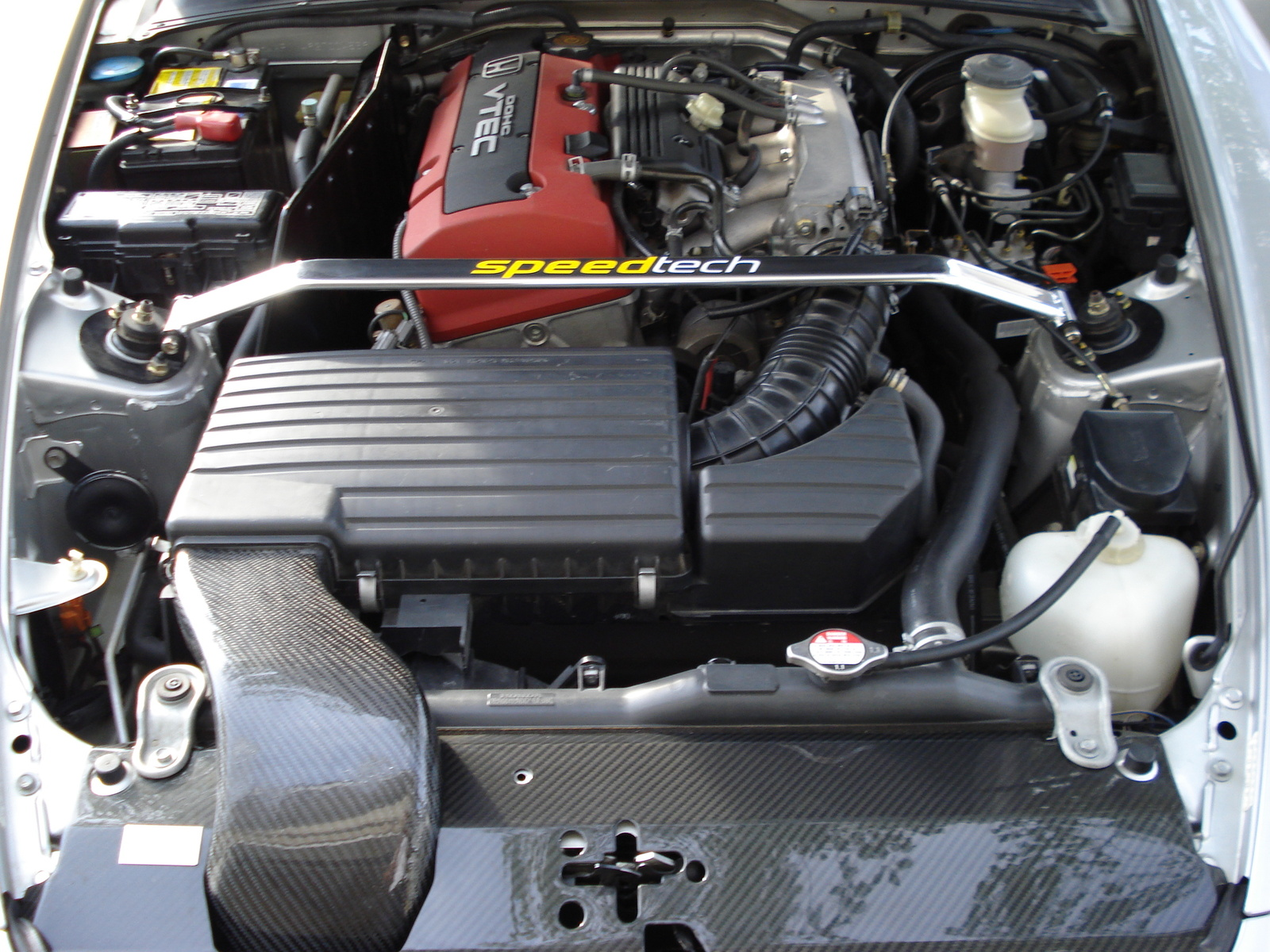 2002 Honda S2000 Base picture, engine