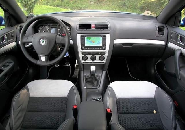 2007 Skoda Octavia - Interior Pictures - CarGurus