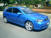 2003 Holden Astra picture, exterior