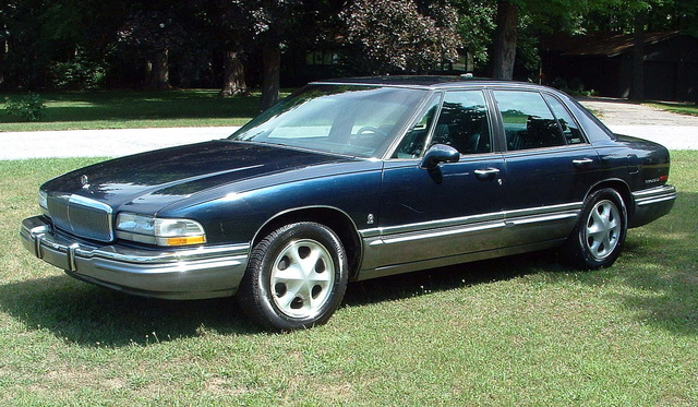 1992 Buick Park Avenue 4 Dr Ultra Supercharged Sedan 1992